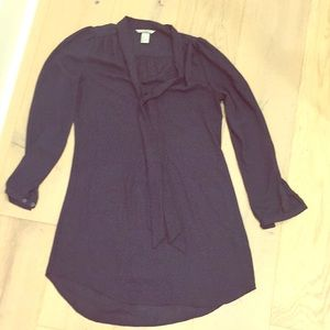 H&M long sleeve tunic with tie front.